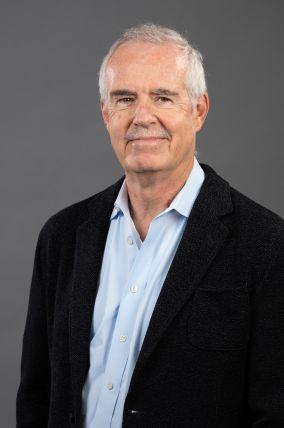 Seminario: Gregory Keating (University of Southern California)